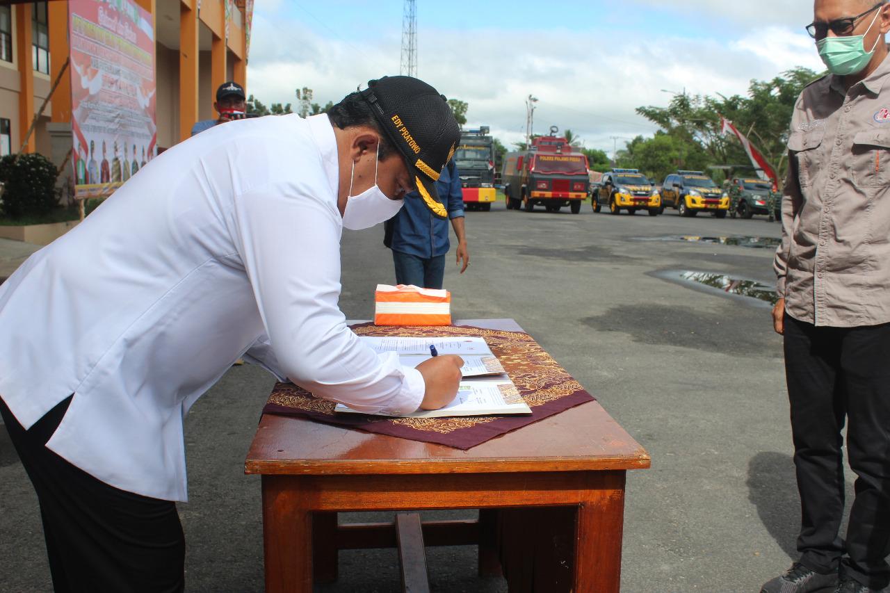 Penandatanganan kesepakatan bersama dalam pencegahan karhutla antara best agro dan BPBD disaksikan Bupati Pulang Pisau.